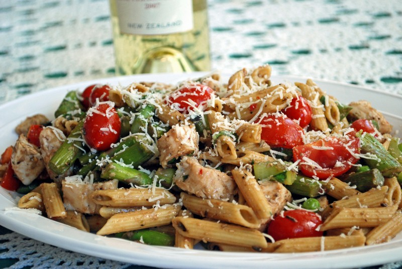 Chicken Asparagus Penne Pasta 010A (800x536)